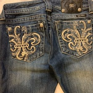 Miss Me Embellished Bejeweled Boot Size 27 Jeans
